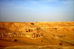 he'6aaab ;p (boy3qooob (   )) Tags: sky sun mountains cars nature yellow shot desert natural sony award super kuwait q8 steady kuw goldstaraward boy3qooob boy3qa