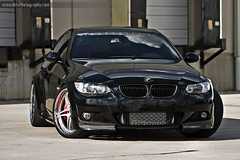 bmw 335i head on w/ intercooler (dkfx photography) Tags: black bmw trunk hood rims twinturbo cf intercooler carbonfiber bbk brembo dpe 335 bigbrakekit 335i rollingshot europrojektz dkfx dkfxphotography johnnymu