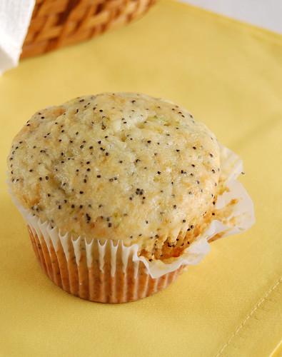 Lime poppy seed muffins / Muffins de limão com sementes de papoula