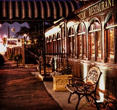 Sidecar Restaurant again (...-Wink-...) Tags: california street train railcar pullman ventura nikkor50mm18 nikond80 sidecarrestaurant dwcffnight