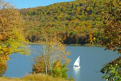 An Autumnal Sail (DGS Photography) Tags: arkansas ozarks lakefortsmithpark urvision autumnsailboat