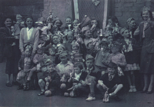 Back Court, Coronation, 1953