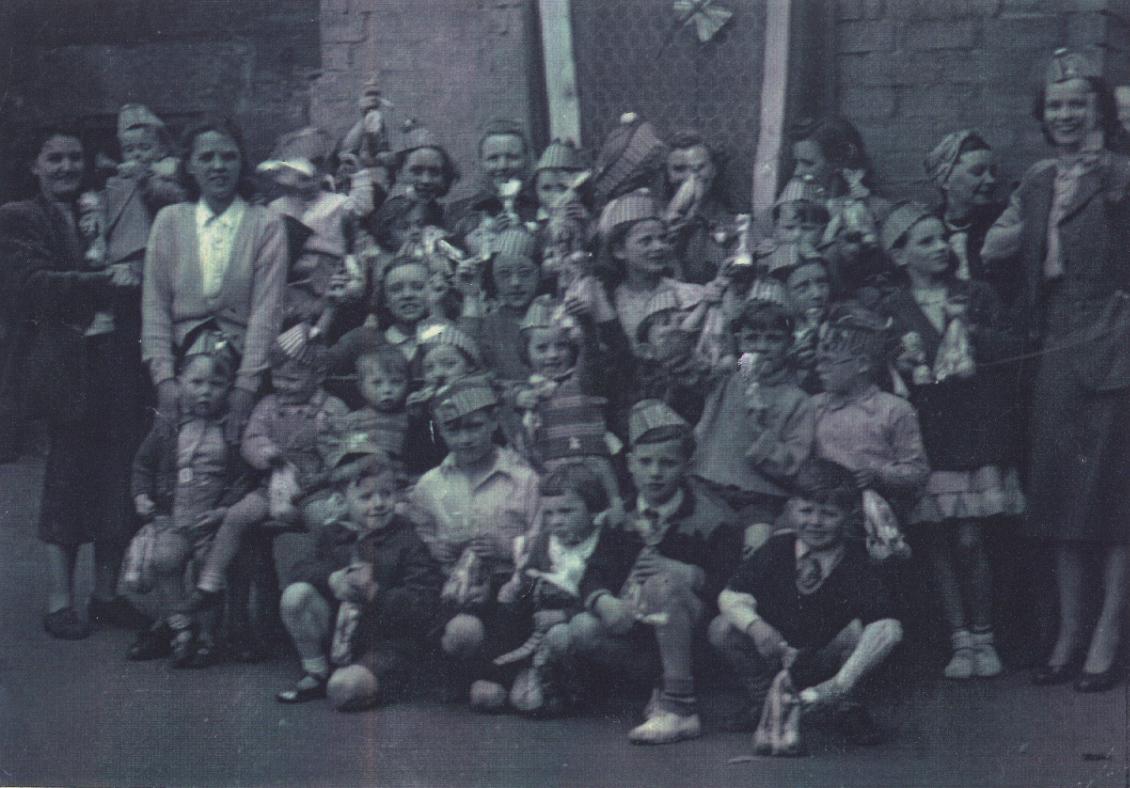 Back Court, Coronation, 1953