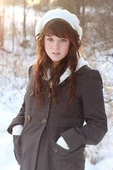 [フリー画像] [人物写真] [女性ポートレイト] [白人女性] [帽子] [コート]      [フリー素材]