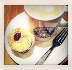 Black Forest cupcake and Dark Cherry Mocha (ash matadeen) Tags: coffee cupcake starbucks mocha blackforest foodanddrink starbuckscoffee darkcherry shakeitphoto