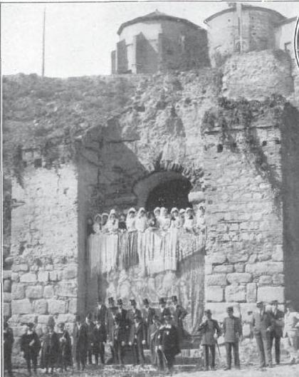 Visita de Raymond Poincaré y Alfonso XIII a Toledo en 1913. Revista La Ilustración Artística