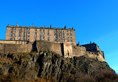 Views around Edinburgh Castle - 5 (Tony Worrall) Tags: capture outside outdoors caught photo shoot shot picture captured scotland scottish north country place visit area county attraction open stream tour scots uk tourist edinburgh city capital centre relic palace historic history olden views around edinburghcastle castlerock castle rock