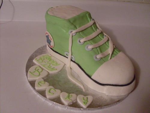 Converse shoe cake SDC11047