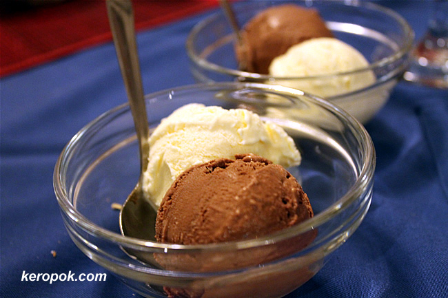 Chocolate and Vanilla Ice Cream
