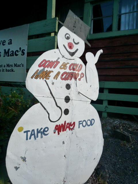 Tanjil Bren snowman