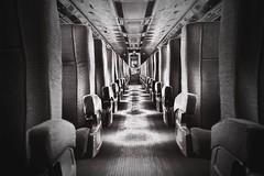 Al Final del Fondo del Pasillo del Tren en el que iba (Stromboly) Tags: chihuahua train de tren punto seat corridor pasillo corredor fuga ferrocarril chihauhua chepe asiento duotono