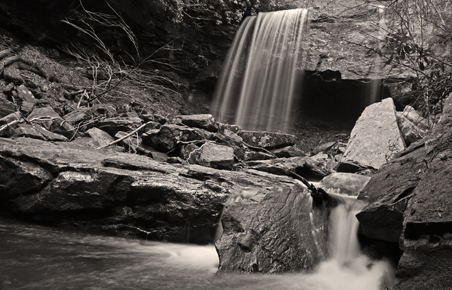Suter Falls black and white
