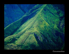 View from top satation (arunnambiar) Tags: mountain green high offroad 4x4 kerala range hillstation munnar jeeproad topstation ghatroad