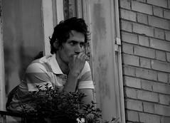 [フリー画像] [人物写真] [男性ポートレイト] [外国人男性] [イケメン] [モノクロ写真] [考える/悩む]     [フリー素材]