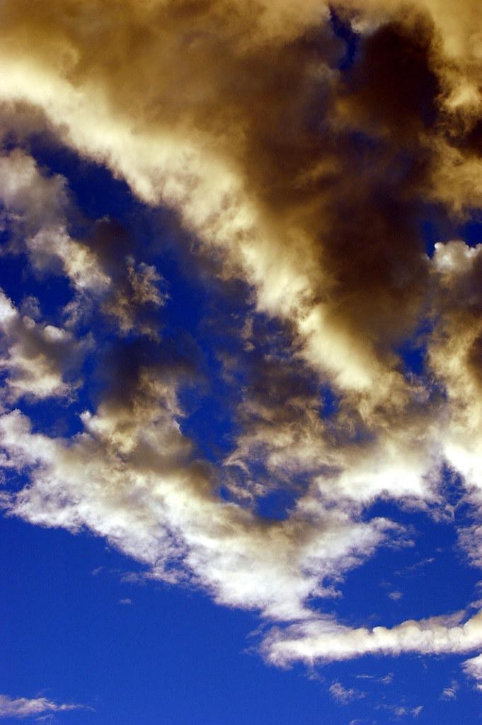 Clouds 1 009