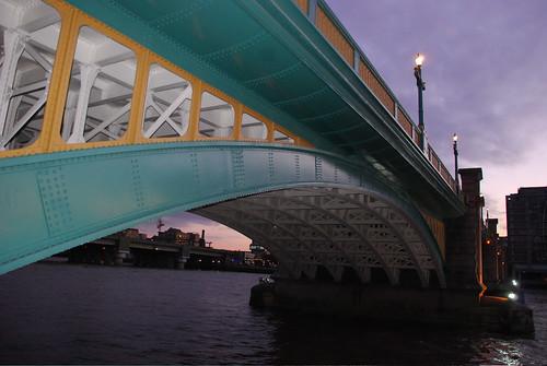 City of London Bridges/ walkways essay nov09