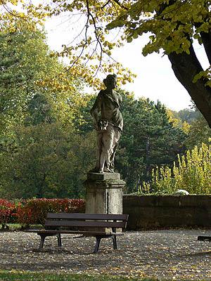 statue dole 2.jpg