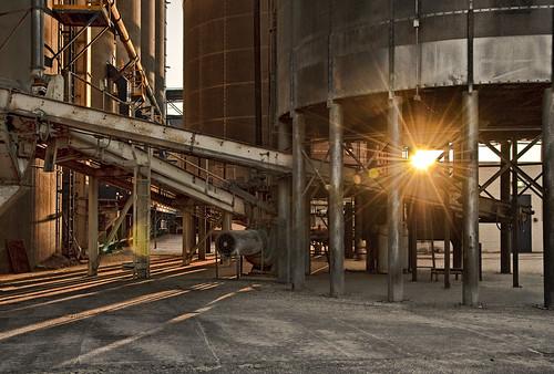 フリー画像|人工風景|建造物/建築物|工場の風景|朝日/朝焼け|アメリカ風景|フリー素材|