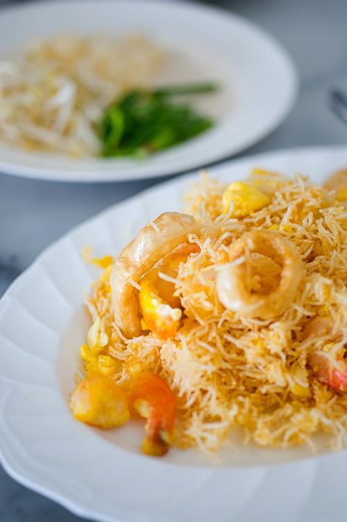 Mee krob, crispy noodles, Mae Buay, Suphanburi