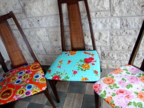 iLoveToCreate Blog Oilcloth Covered Chairs : 42287996102c2267cfce from ilovetocreateblog.blogspot.com size 500 x 375 jpeg 216kB