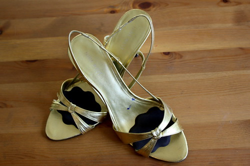 Gold Nine West