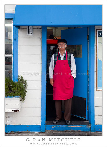 java hut. Man standing in the doorway of the Java Hut, San Francisco, California. (More of my San Francisco photographs