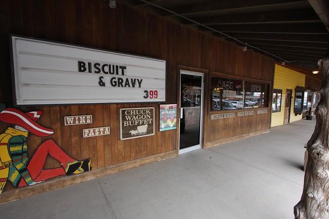 biscuit & gravy