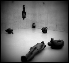 (_MissAgentCooper) Tags: art noiretblanc kunsthaus bregenz exhibition gormley ausstellung antonygormley gcmk