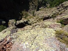 Dans la falaise de Tana di l'Orsu : c'est quand même bien raide !