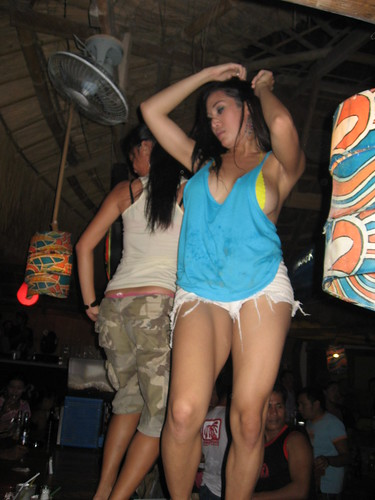 Shemales In Summer Place Bar Disco Ladyboys Dancing Boracay All