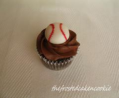 baseball cupcake