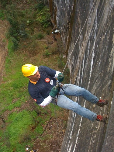 VWS abseil training at Idas Valley dam