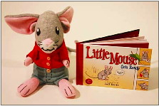 3963974405 13be46a8e6 Review of the Day: Little Mouse Gets Ready by Jeff Smith