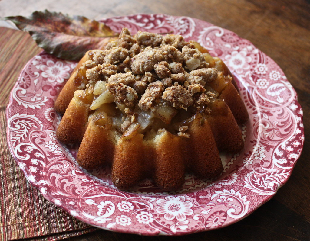 Spiced Upside-Down Apple Cake