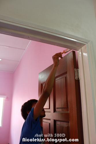 painting door frame