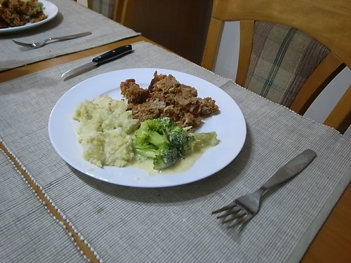 Meatloaf, Broccoli with Cheese sauce, Mashed Potatoes