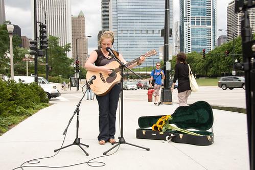 ajkane_090821_chicago-street-musicians_411