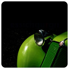 Green as green can (essichgurgn) Tags: auto verde green castle classic car automobile groen voiture days coche carro grn macchina 2009 v8 verte streamline 602 tatra oto automvil karu t80 t87 motorcar cotxe  kocsi     samochd  t97 mtx dyck vehculo otomobil  t77  tatraplan automobiel t603 v570  ledwinka  vettura ecorra froschgrn   bl avtomobil quietschgrn makin   karru mba          awto oyto v809