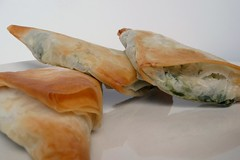 Easy Spanokopita Triangles