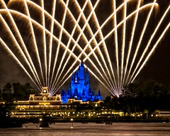 Magic Kingdom - Wishes (Matt Pasant) Tags: vacation holiday kids night canon landscape time personal florida fireworks outdoor ttc mickey wishes waltdisneyworld magickingdom waltdisney reedycreek alignements imagetype canonef70200mmf4lisusm photospecs canoneos5dmarkii