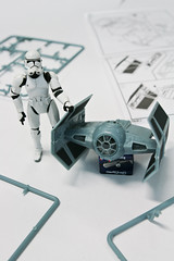 Building a Tie Fighter for Lord Vader #4 (PtitBen) Tags: starwars stormtrooper darthvader darthtater tiefighter monsieurpatate