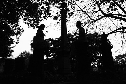 silhouettes, graves
