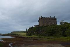 Dunvegan Castle, Isle of Skye (www.bazpics.com) Tags: trip summer vacation holiday skye tourism landscape island islands scotland highlands scenery tour scottish isle outerhebrides bazpics barryoneilphotography