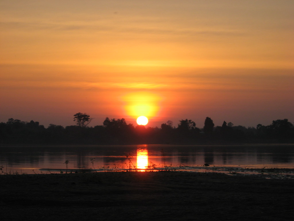Sunset over Cambodia, Don Dhet