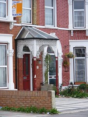 Wrought iron porch, Seven Kings. (sludgegulper) Tags: kings seven ilford redbridge