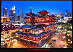 Singapore - Buddha tooth Relic temple (Kenny Teo (zoompict)) Tags: city blue light sunset red sky cloud building tree tower art tourism beautiful skyline architecture night clouds canon tooth wonderful lens landscape temple eos photo scenery colours photographer view walk buddha chinese grand tourist best getty wanted cbd kenny 2009 hdr relic colorphotoaward bestphotographer canoneos500d bestscenery zoompict sigmaultrawide1020mmlens singaporegrandbuddhatoothrelictemple singaporebuddhatoothrelictemple singaporelowerpiercereservoir