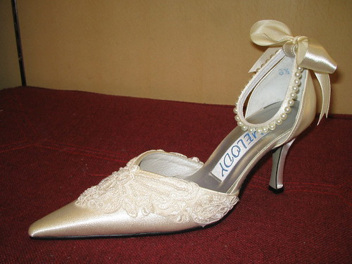 Beautiful embroidered wedding shoes.