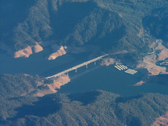 Antlers Bridge and Lake Shasta (Stones 55) Tags: california bridge usa lake highway unitedstates aerial reservoir infrastructure 1967 northamerica interstate 1941 shastalake lakeshasta nra interstate5 shastacounty shastatrinitynationalforest bureauofreclamation whiskeytownshastatrinitynationalrecreationarea centralvalleyproject decktrussbridge tutorsalibacorporation sacramentoarm antlersbridge