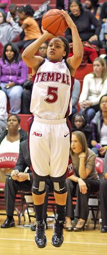 Temple's #5 Sophomore Forward Kristen McCarthy