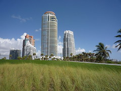 Continuum South Beach real estate